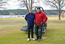 Instruktören John Kvarnström och banchefen Mikael Lagestam är optimistiska inför en ny bra säsong vid »Dalarnas bästa golfbana«.