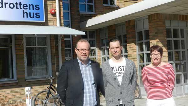 Öyvind Hjälper Klubbarna  Med Administrationen