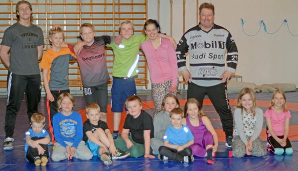 Hedemora Brottningsklubb – Tre Generationer Aronsson Har Varit Aktiva I Klubben