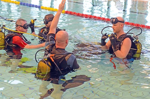 Dykning Och Fridykning – En Fascinerande Hobby