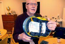 Ingemars hjälm. Ingemar Stenmark skickade tillbaka hjälmen med bara en lapp  instoppad. Hjälmen kom fram.