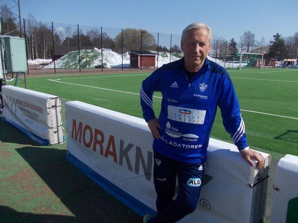 Moras Tränarlegendar Minns: – Jag Fick En Sko Rakt I Pannan!