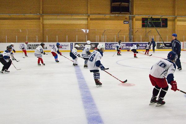 Hockeyskolan  I Leksand Växer I Styrka