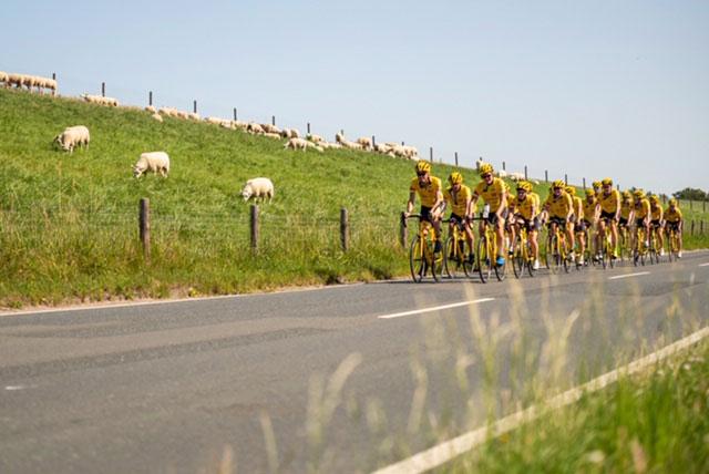 Team Rynkeby – God Morgon: Cyklar Till Paris För Att Stödja Barncancerfonden